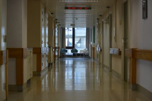hospital-391746_1920